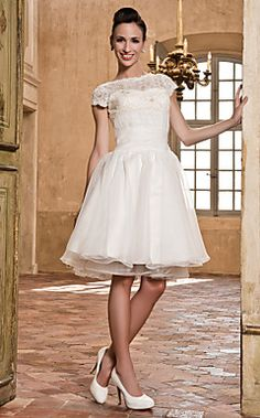 A-line Bateau Organza And Lace Wedding Dress  – USD $ 179.99
