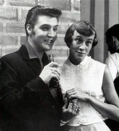 Let´s Keep the 50´s Spirit Alive!: June 16, 1956 ~ Wink Martindale interviews Elvis Presley to the WHBQ TV in Memphis