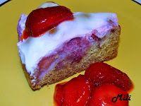 Zdravě a hravě: Jahodový koláč se zakysanou smetanou