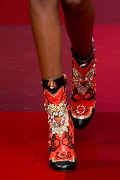Dolce and Gabbana Spring 2015 - Adorned Booties Dior, Gucci, Chanel, Gladiator Boots, Luxury Shoes, Sexy Boots, Beautiful Shoes, Unique Shoes, Me Too Shoes