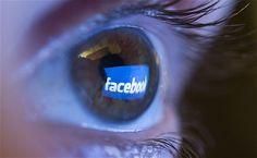 Nu-i foarte uşor momentul în care îţi dai seama că eşti, în realitate, conectat cu mult mai mulţi oameni pe Facebook decât ai în lista de prieteni. Adevărul este că avem impresia că nu suntem conectaţi decât cu oamenii dragi, colegii şi prietenii, dar te-ai gândit şi la celelalte persoane care îţi pot vedea profilul?...