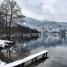 Es hat ja auch unglaubliche Vorteile wenn der Himmel grau statt blau ist! Denn ohne das Gefühl draußen etwas zu verpassen habe ich heute einen mega produktiven Sonntag hinter mir! Und das obwohl ich den halben Tag beim Familien-Brunch verbummelt habe! Doch weil ich mir vorgenommen habe mehr Zeit für die schönen & wirklich wichtigen Dinge im Leben freizuschaufeln gönne ich mir jetzt dazu auch noch eine Extra-Dosis Me-Time mit einem schönen Bad! . #weekendthoughts #nature #winterdays… Me Time, Mount Rainier, Brunch, Mountains, Instagram, Nature, Travel, Benefits Of, Families
