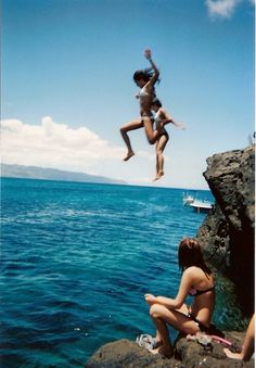 cliff jumping . yessssss.