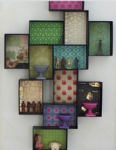 This creative gallery wall consists of box frames, stationery and favorite objects. Wooden Box Shelves, Funky Painted Furniture, Diy Casa, Wall Decor, Room Decor, Diy Home Decor Bedroom, Frames On Wall, Box Frames, Inspired Homes