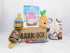 Barkbox February 2018 theme is PARADISE UNLEASHED. See our review of this dog subscription + grab coupon code!   Barkbox February 2018 Subscription Box Review + Coupon →  http://hellosubscription.com/2018/02/barkbox-february-2018-subscription-box-review-coupon-high-prio/ #BarkBox  #subscriptionbox