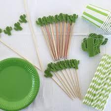 Resultado de imagem para succulent party decorations