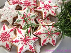 Christmas Cookies, Christmas Ornaments, Cannoli, Merry Xmas, Xmas Decorations, Holidays And Events, Cookie Decorating, Truffles, Gingerbread