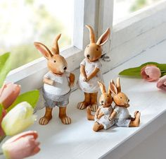 Rabbit Drawing, Rabbit Art, Happy Easter, Easter Bunny, Fairy Figurines, Spring Home Decor, Miniture Things, Easter Wreaths, Clay