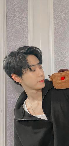 Aesthetic Photo, Kpop Aesthetic, Aesthetic Pictures, Overlays Cute, Cute Lockscreens, Cute Pastel Wallpaper, Ulzzang Korea, Nct Doyoung, Jaehyun Nct