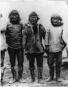 Inuit men near the Artic Ocean - 1897