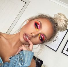 Matte Shimmer Eyeshadow Palette Long-lasting Waterproof Pigmented Eye shadow with and Double Ended Brush Makeup Set, 2 Eye Make-up Pallets - Cute Makeup Guide Makeup Trends, Makeup Inspo, Makeup Art, Makeup Inspiration, Beauty Makeup, Hair Makeup, Hair Beauty, Pink Makeup, Yellow Eye Makeup