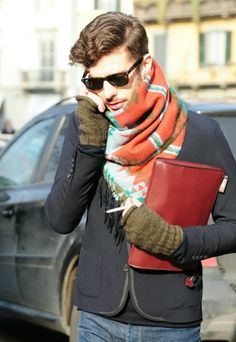 scarves and fingerless gloves Men s Fashion 38d28b838
