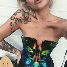 So I'm finally clearing out my wardrobe and have created a sale page @mel_joyhysteric_wardrobe with items like this #JoshGoot bustier that's up for grabs. Heaps more to post so check it out and perhaps turn on notifications if you want first dibs on...