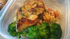 Rosemary crusted chicken breast ¦ FTC personal chefs in KC and Wichita    Fresh chicken breast rubbed with rosemary, thyme, onion powder, salt, pepper and olive oil then pan sauteed. Served with veggie (86 the rotini pasta in lemon butter) and steamed broccoli.     Friend That Cooks personal chefs offer healthy meal prep for families with busy schedules, food allergies and dietary restrictions in KC and Wichita. www.friendthatcooks.com can use for the SCD