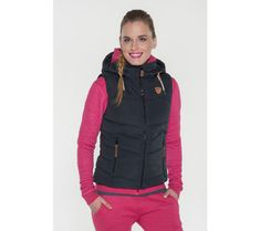 Dámska vesta na zips Sam 73 | modino.sk #modino_sk #modino_style #style #fashion #lookbook Vest, Jackets, Fashion, Down Jackets, Moda, Fashion Styles, Fashion Illustrations, Jacket
