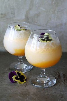 Apricot Coconut Prosecco Punch (2 scoops coconut sorbet 12 oz Prosecco 4 apricots 1 1/2 cups water ½ cup sugar pinch of salt)
