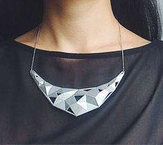 """Колье """" Crystal"""" цвет серебро в магазине «NODDE» на Ламбада-маркете"""