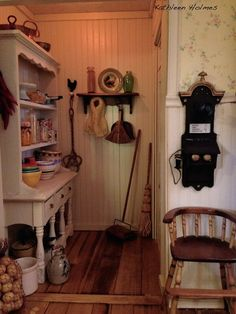 KITCHEN BY KATHLEEN HOLMES So much depth and detail in a small space (a corner).