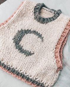 Cute Crochet, Crochet Crafts, Crochet Projects, Crochet Top, Knitwear Fashion, Crochet Fashion, Knitting Patterns, Crochet Patterns, Look Plus