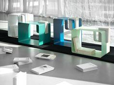 Mesa de centro revistero, y mesita de noche LIBRIS by MEME DESIGN diseño Enrico Cesana
