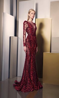 Ziad Nakad Haute Couture. I love the colour and the shape of this dress.