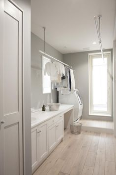 Mudroom Ideas – A mudroom may not be a very essential part of the house. Smart Mudroom Ideas to Enhance Your Home Laundry Room Cabinets, Laundry Room Storage, Laundry In Bathroom, Laundry Baskets, Küchen Design, House Design, Interior Design, Design Ideas, Landry Room