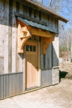 Douglas Fir Timber Frame Eyebrow Roof With Metal Standing Seam douglasie holzrahmen augenbraue. Garage Guest House, Barn Garage, Garage Doors, Timber Frame Homes, Timber Frames, Metal Homes, Garage Exterior, Rustic Home Design, A Frame Cabin