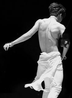 """""""  Your front is the best, your back is the best (ft. tongue + abs ) 8-10 / ∞ edits of Park Jimin © """""""