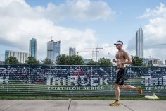 http://triathlon.competitor.com/2015/03/training/beginners-guide-triathlon_113349