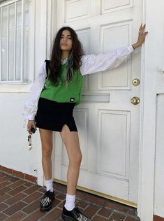 Mode Outfits, Trendy Outfits, Fashion Outfits, Fashion Tips, School Skirt Outfits, Indie Fall Outfits, Fashion Quiz, 80s Fashion, Hijab Fashion