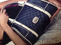 Guess purse, this purse love it!