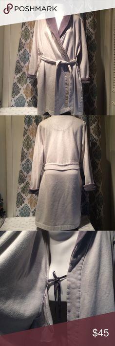 Victoria Secret bathrobe Victoria Secret dark grey & light grey heavy bathrobe. Victoria's Secret Intimates & Sleepwear Robes