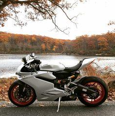 Ducati 959 Panigale Trust Me I'm A Biker Please Like Page on Facebook: https://www.facebook.com/pg/trustmeiamabiker Follow On pinterest: https://www.pinterest.com/trustmeimabiker/
