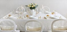 Winter White Table Decoration