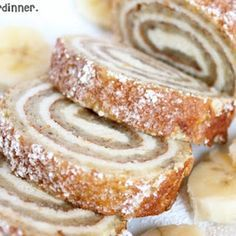 Banana Roll With Cheesecake Filling The flavor reminds me of banana cream pie. The cheesecake filling is smooth and creamy and is the perfect compliment to the lightly flavored banana cake. Just Desserts, Delicious Desserts, Yummy Food, Health Desserts, Cake Roll Recipes, Dessert Recipes, Roll Up Cake Recipe, Pancake Recipes, Brunch Recipes