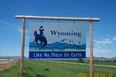--Welcome Signs at State Line--