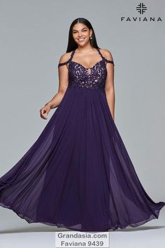 Mar 2020 - This dress has appliques that are very fitting on the front and back. Pleated skirt makes it tempting and fun. Accessories with earrings and a nice bracelet. Look elegant in every evening event! Plus Size Long Dresses, Evening Dresses Plus Size, Plus Size Gowns Formal, Purple Gowns, Purple Dress, Faviana Dresses, One Shoulder Prom Dress, Designer Prom Dresses, Lace Dress