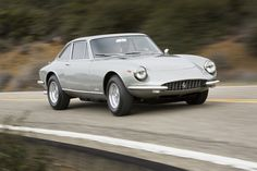 Ferrari 365 GTC, 1966-1970, 320bhp