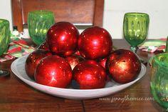 Christmas Table Centerpiece  #ChristmasDecor #christmas #centerpieces