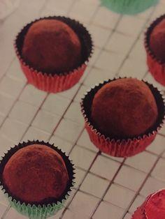 Csokoládés | Sütik otthon Mousse, Muffin, Breakfast, Food, Candy, Liquor, Muffins, Hoods, Meals