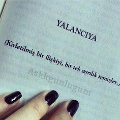YALANCIYA (Kirletilmiş bir ilişkiyi, bir tek ayrılık temizler.) - Kahraman Tazeoğlu (Kaynak: Instagram - askkgunlugum) #sözler #anlamlısözler #güzelsözler #manalısözler #özlüsözler #alıntı #alıntılar #alıntıdır #alıntısözler #şiir #edebiyat #kitap #kitapsözleri #kitapalıntıları