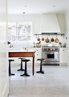 590 best interiors images decorating kitchen design interiors rh pinterest com