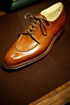 i walk, with a pair of shoes — ethandesu:   Bespoke Options  Yuki Shirahama...