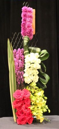 Julia Clevett Tapestry Design, Tapestry Floral, Floor Design, Flower Crafts, Floral Designs, Art Designs, Floral Arrangements, Bamboo, Tapestries