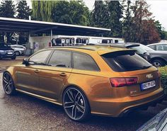 Breathtaking - anyone know this RS6 color? Ipanema? It looks spectacular in…