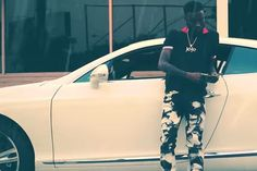 "SPATE TV- Hip Hop Videos Blog for News, Interviews and more: Shy Glizzy ""Loving Me"""
