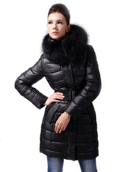 Queenshiny Women's Down Coat Jacket with Huge Hood and 100% Raccoon Fur Collar -Black-M(8-10) Queenshiny,http://www.amazon.com/dp/B00AHSIFTI/ref=cm_sw_r_pi_dp_6hXHsb1HZVKK80AR