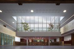 Construido por C+S Architects en ,  Como arquitectos y académicos, reconocemos un papel político en el ámbito urbano para estos pequeños espacios público...