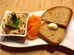 Tataráček z tofu – Snědeno. Seitan, Tofu, Banana Bread, Desserts, Tailgate Desserts, Deserts, Postres, Dessert, Plated Desserts