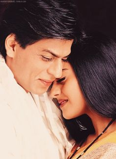 Shahrukh khan y kajol Bollywood Stars, Bollywood Couples, Indian Bollywood, Bollywood Celebrities, Bollywood Actress, Shahrukh Khan And Kajol, Shah Rukh Khan Movies, Indian Actresses, Actors & Actresses